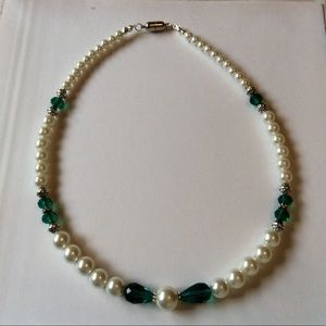 Chocked necklace